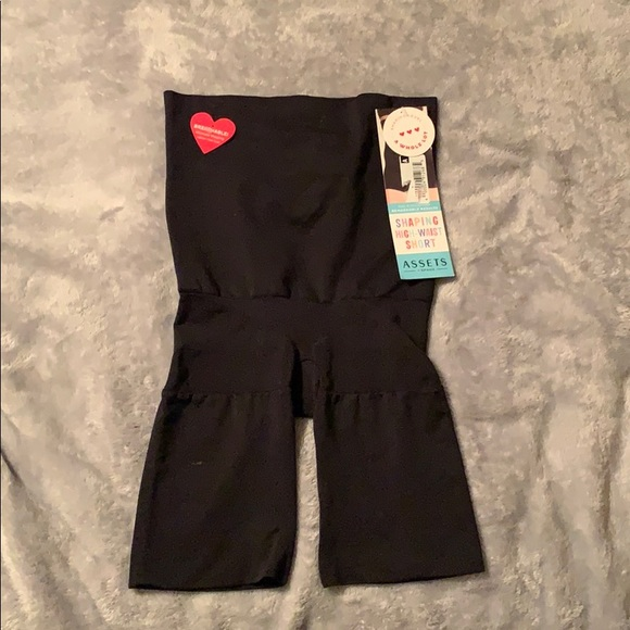 Assets By Spanx Other - Shaping high waist short